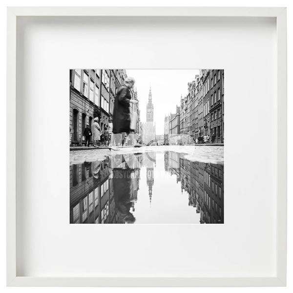 Ulica Długa w Gdańsku po deszczu. Lata 60. Fot. Zbigniew Kosycarz / KFP