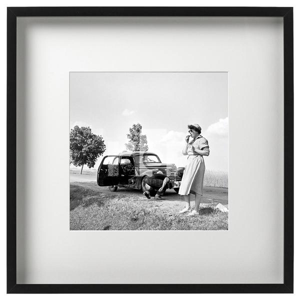 Kobieta i samochód. Rok 1961 Fot. Zbigniew Kosycarz / KFP